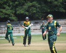 Justin Dill and Andile Phehlukwayo take a run, Australia Under-19s v South Africa Under-19s, Visakhapatnam, Sep 23, 2013