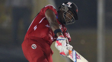 Darren Bravo smashed a 44-ball 66