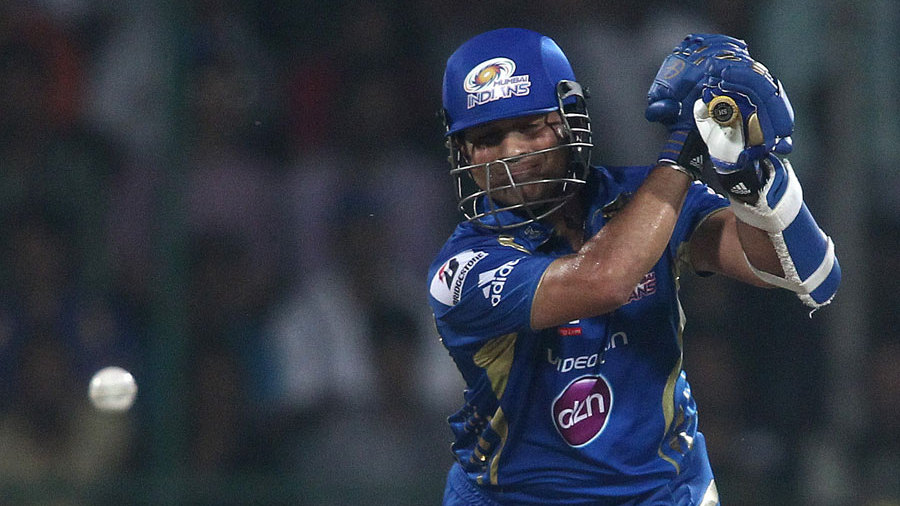 Sachin Tendulkar was bowled in his final T20 appearance for 15