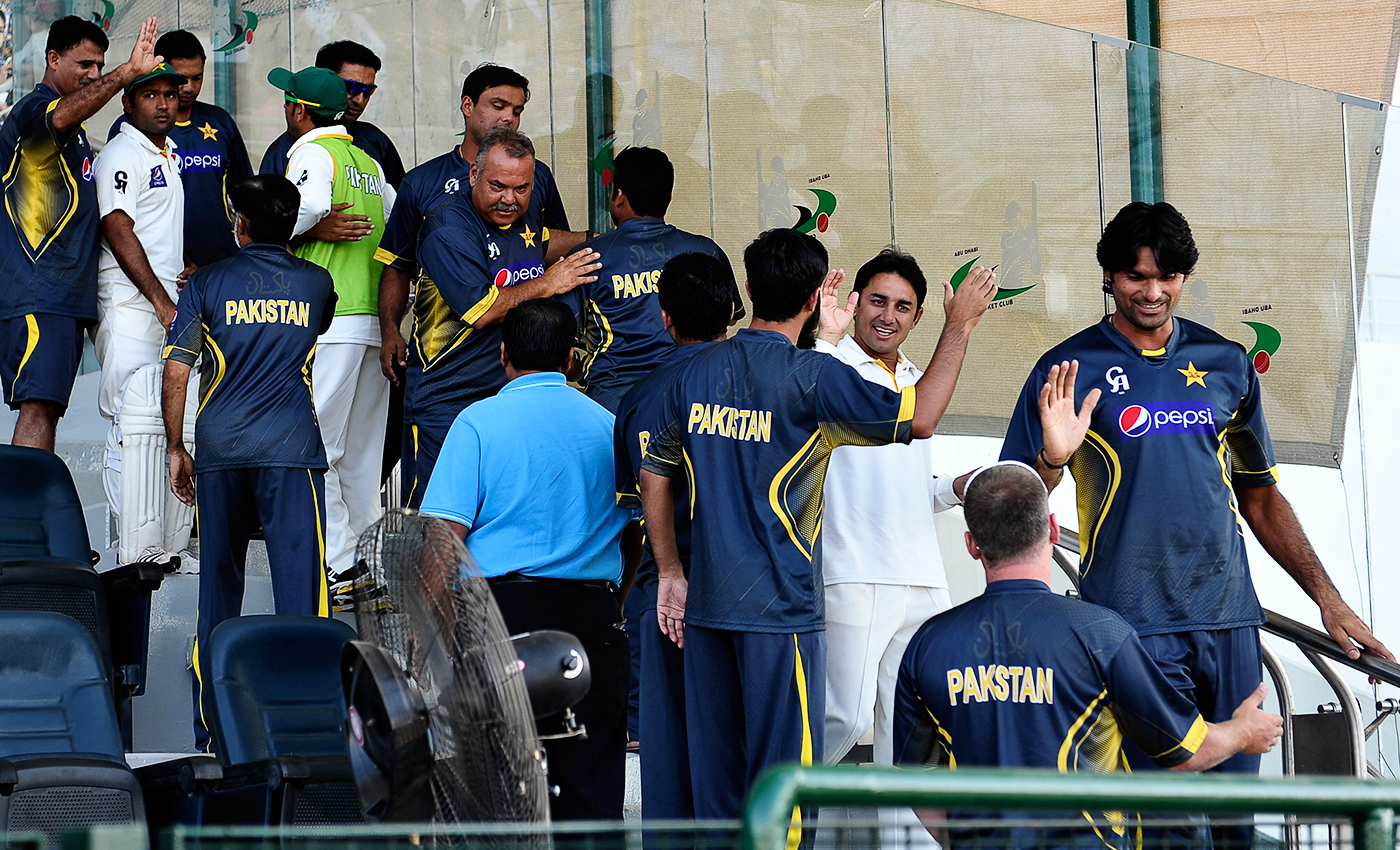 There's no team without tea: cooped up in hotels because of restrictions imposed after the spot-fixing scandal, the players spent a lot of time together, having a cuppa or five and chatting in Saeed Ajmal's room