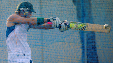 Colin Ingram bats during nets