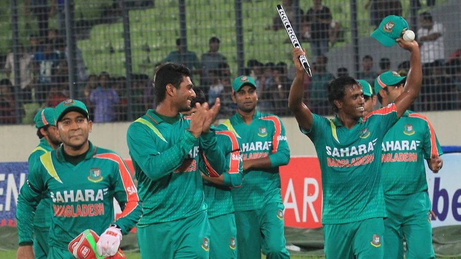 The Bangladesh players go on a victory lap
