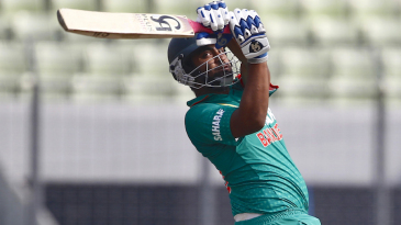 Tamim Iqbal hooks a short delivery
