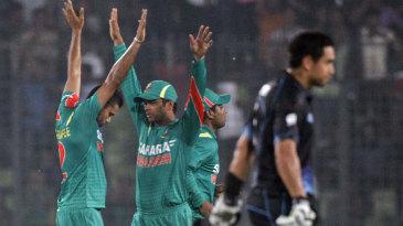 Mashrafe Mortaza picked up three New Zealand wickets for 43 runs