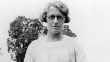 Marjorie Pollard, an England hockey player, also played cricket and was a journalist