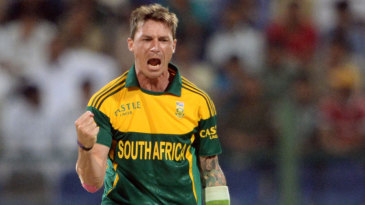 Dale Steyn finished with career-best figures of 5 for 25