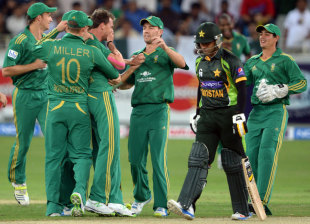 Mohammad Hafeez fell to his nemesis, Dale Steyn, again