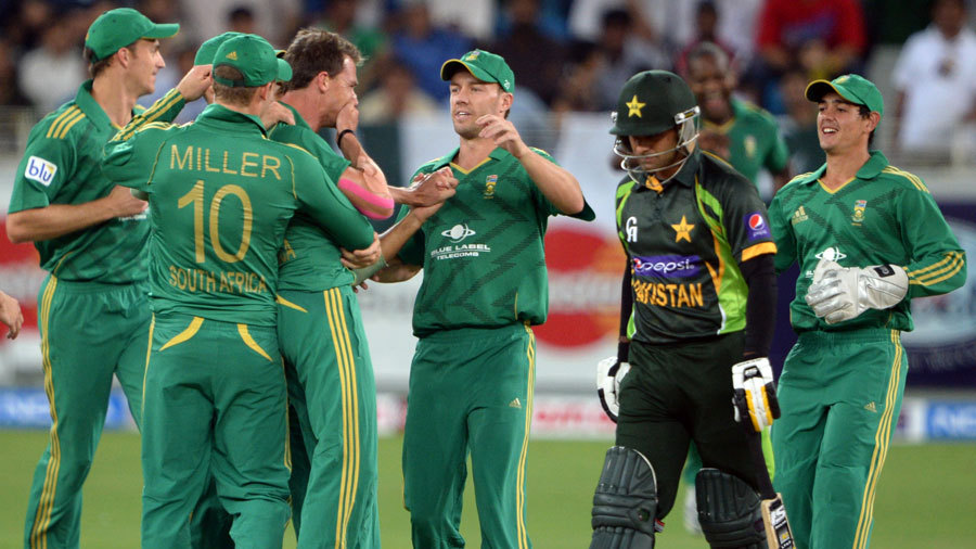 Dale Steyn dismissed Mohammad Hafeez early again