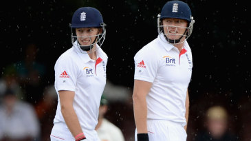 Joe Root and Jonny Bairstow put on 106 for the sixth wicket