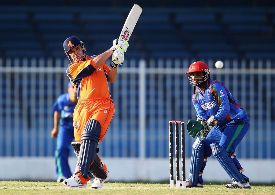 Peter Borren smacked 38 from 15 balls to seal victory