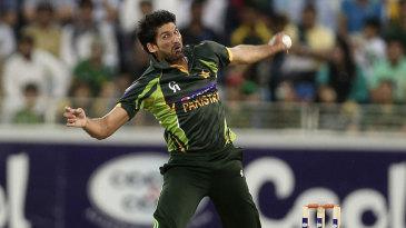 Sohail Tanvir in his delivery stride