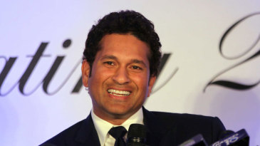 A visibly relaxed Sachin Tendulkar addresses the media