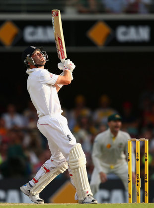 Jonathan Trott fell to the short ball again, Australia v England, 1st Test, Brisbane, 3rd day, November 23, 2013