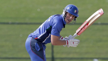 Damian Crowley struck a 59-ball 61