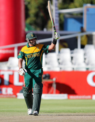 Jacques Kallis raises the bat after reaching his fifty, South Africa v Pakistan, 1st ODI, Cape Town, November 24, 2013
