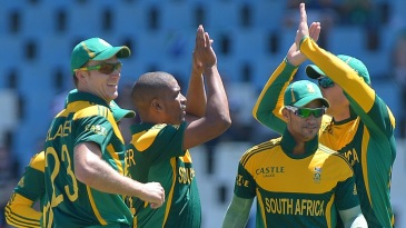 Vernon Philander struck in the first over of the game