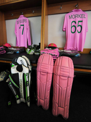 South Africa sported pink kits to raise awareness for breast cancer, South Africa v India, 1st ODI, Johannesburg, December 5, 2013