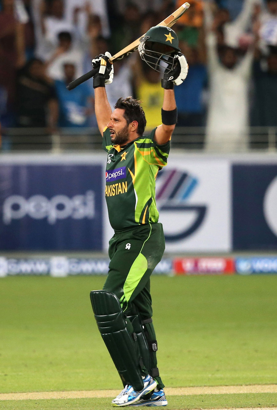 ... hitting the winning six for Pakistan | Cricket Photo | ESPN Cricinfo