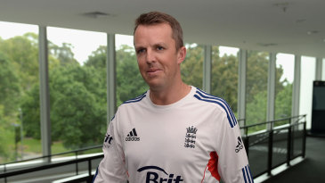 Graeme Swann arrives for his retirement press conference in Melbourne