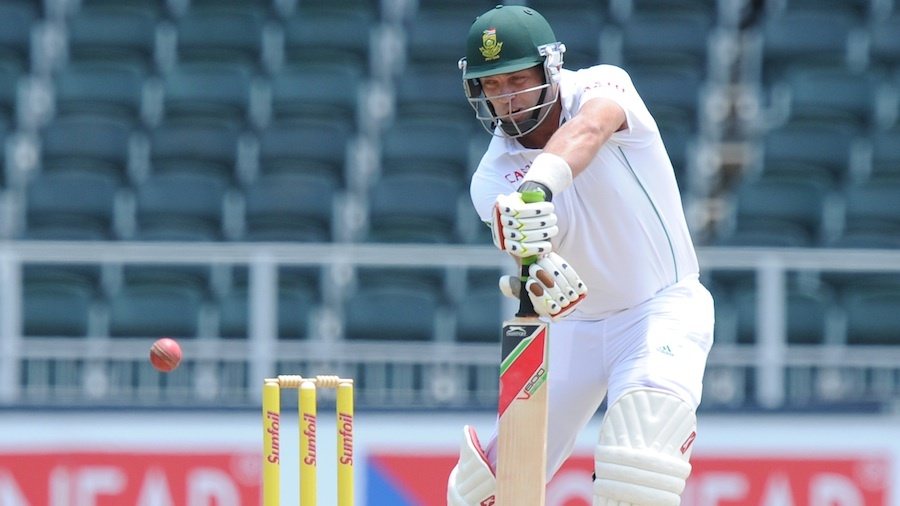 Jacques Kallis defends on the off side