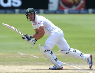 Faf du Plessis played a patient innings, South Africa v India, 1st Test, Johannesburg, 5th day, December 22, 2013