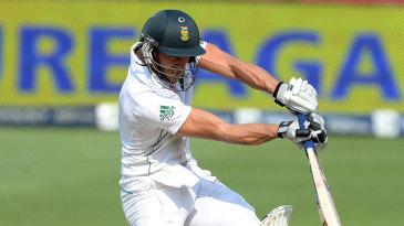 Faf du Plessis goes airborne