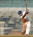 Vineet Saxena lofts one through cover, Tamil Nadu v Rajasthan, Ranji Trophy, Group B, 2nd day, Chennai, December 23, 2013