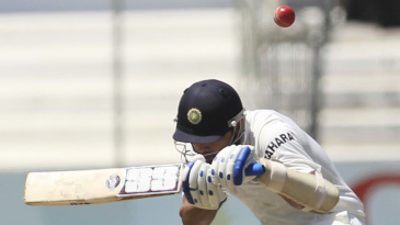 M Vijay avoids a short delivery