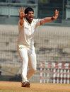 Rahil Shah picked up six wickets, Tamil Nadu v Bengal, Ranji Trophy, Group B, Chennai, 2nd day,  December 31, 2013