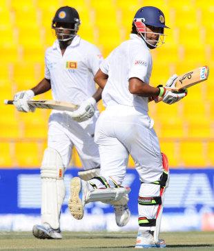 Angelo Mathews and Dinesh Chandimal set off for a run, Pakistan v Sri Lanka, 1st Test, 4th day, Abu Dhabi, January 3, 2014