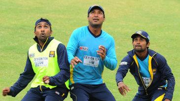 Mahela Jaywardene, Kumar Sangakkara and Kaushal Silva keep their eyes on the ball