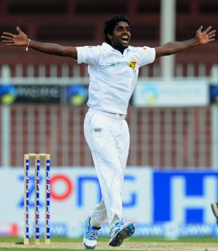Shaminda Eranga appeals, Pakistan v Sri Lanka, 3rd Test, Sharjah, 4th day, January 19, 2014