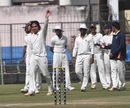 Samad Fallah took three wickets in the second innings and 10 in the match, Bengal v Maharashtra, Ranji Trophy, semi-final, Indore, 3rd day, January 20, 2014