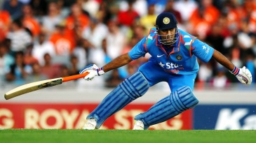 MS Dhoni gets ready to take another run