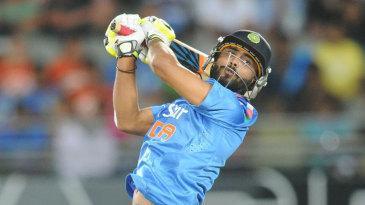 Ravindra Jadeja slaps the ball over third man