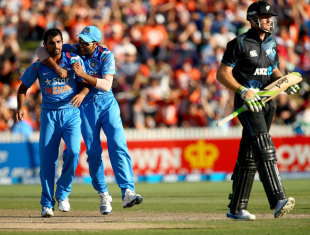 MS Dhoni said that bowlers like Mohammed Shami and Bhuvneshwar Kumar needed to learn how to improvise according to situations