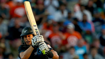 Ross Taylor drives down the ground