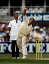 Eddie Hemmings bowls, England v New Zealand, 2nd ODI, Texaco Trophy, The Oval, May 25, 1990