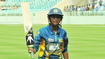 Shashikala Siriwardene's unbeaten 46 took her team to victory
