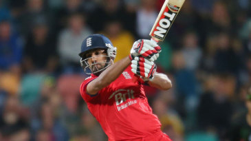 Ravi Bopara smashed seven sixes in his unbeaten 65