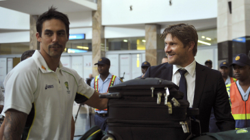 Mitchell Johnson and Shane Watson arrive in Johannesburg