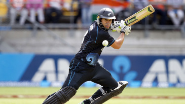 Ross Taylor punches through point