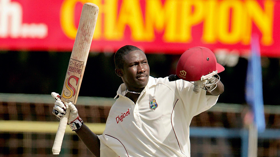 Wavell Hinds celebrates his hundred
