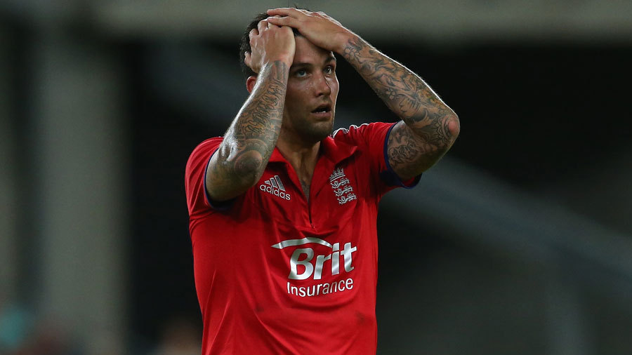 Jade Dernbach was taken for 26 in his final over
