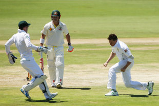 Dale Steyn struck first when he removed David Warner, South Africa v Australia, 1st Test, Centurion, 1st day, February 12, 2014