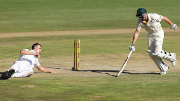 Shaun Marsh survived a run out chance when Ryan McLaren couldn't gather the ball