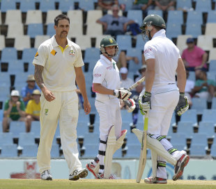 Mitchell Johnson Eventually Got The Better Of AB De Villiers But South Africas Other Batsmen Need To Follow Lead C AFP