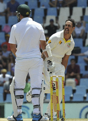 Mitchell Johnson removed Graeme Smith again, but this time it was all about the catch, South Africa v Australia, 1st Test, Centurion, 4th day, February 15, 2014