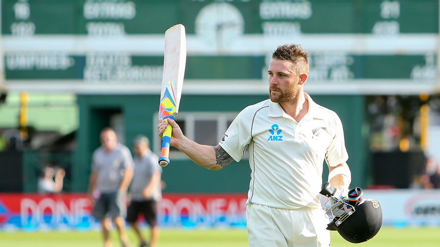 Brendon McCullum, on 281*, walks back after batting the entire day