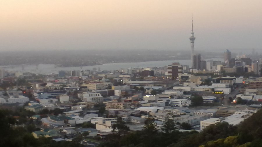 A view of Auckland from Mt Eden